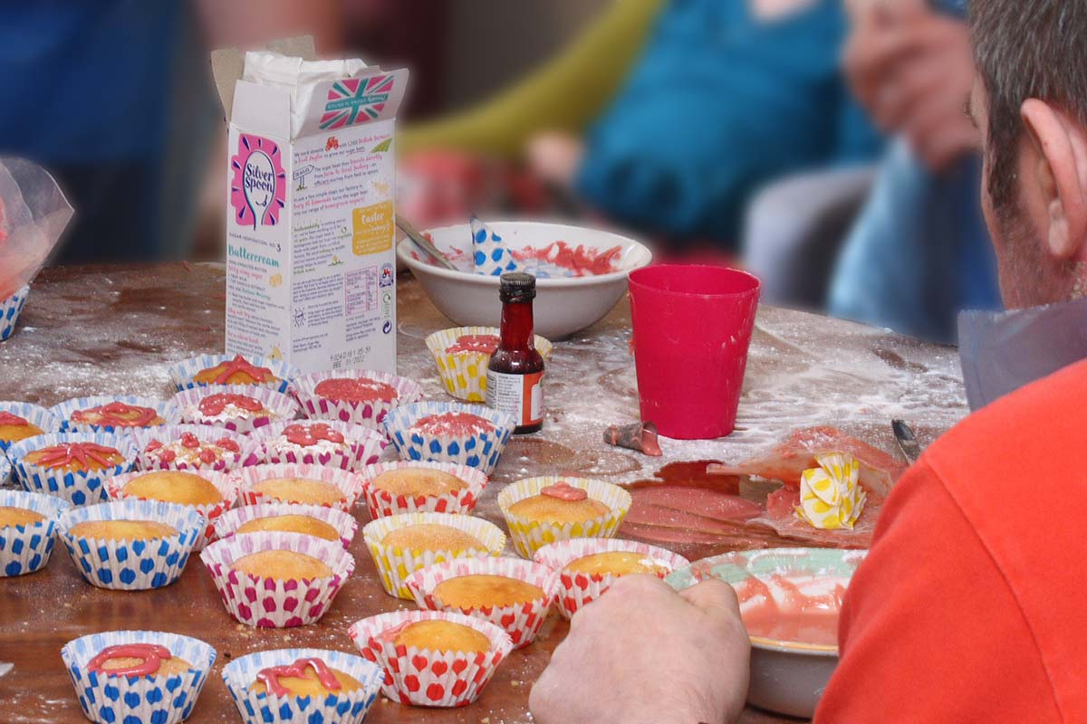 Cornerstone residents icing fairy cakes